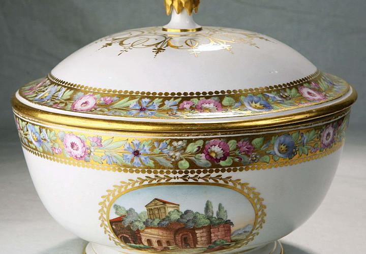Декоративно-прикладное искусство XVIII - первой трети XIX века