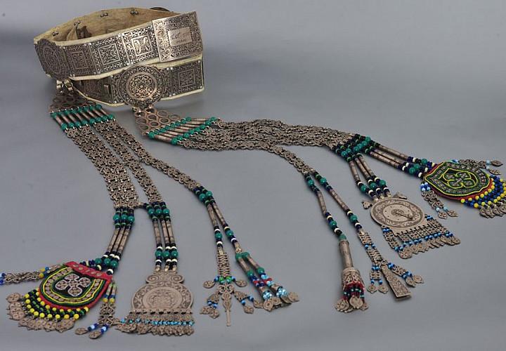 Выставка «Традиций древних новизна»