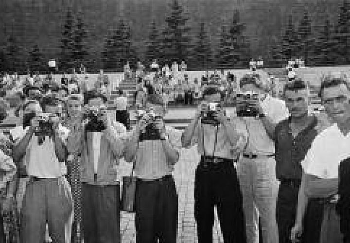 Выставка. Москва 1957 в фотографиях Леонара Джанадды. Взгляд молодого швейцарца