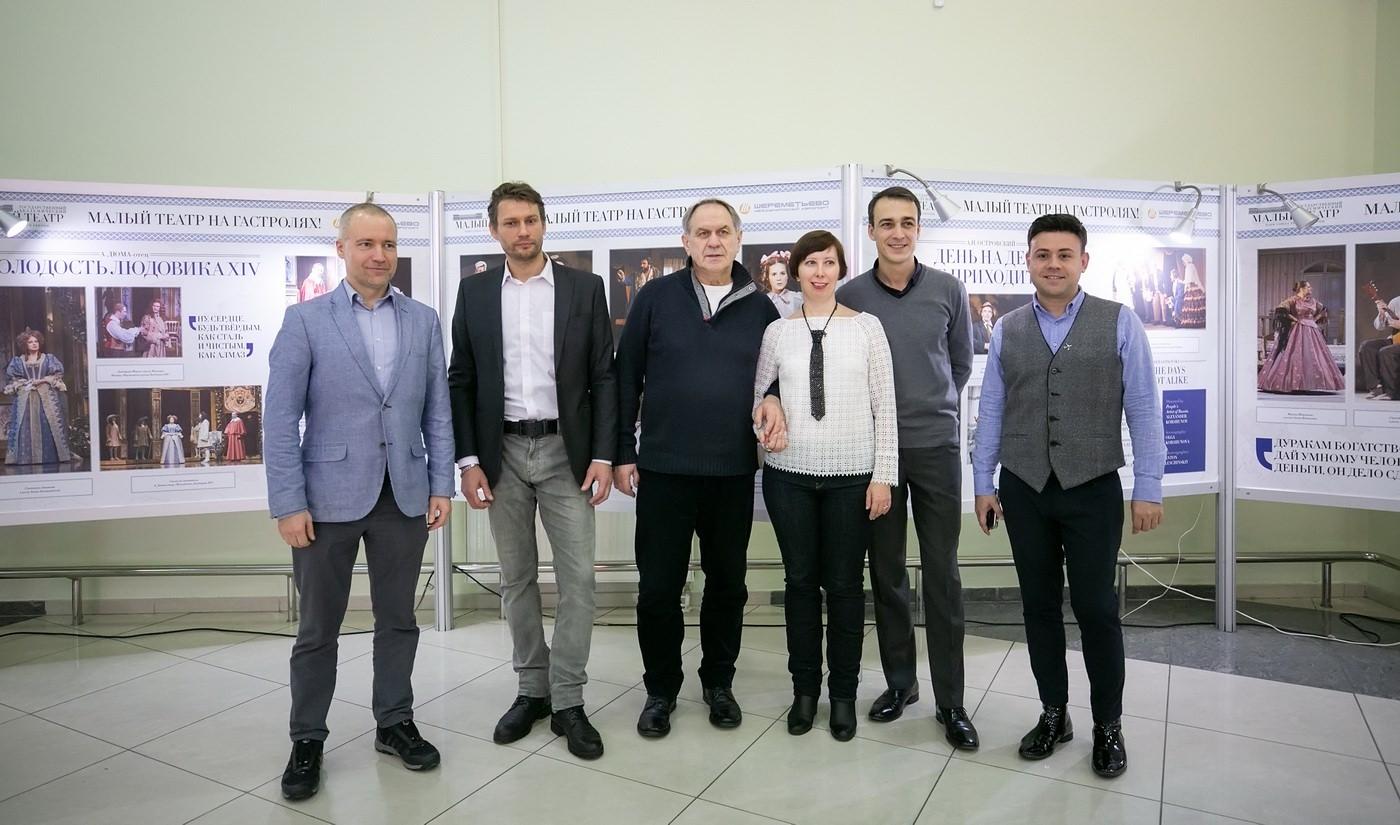 Актеры Малого театра прочли Пушкина на выставке в «Шереметьево»