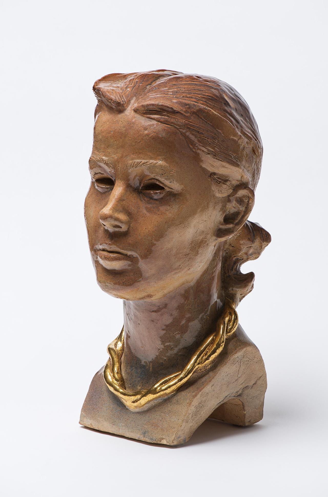 Александр Дейнека. Голова девушки. 1930-е. Керамика. Частная коллекция.